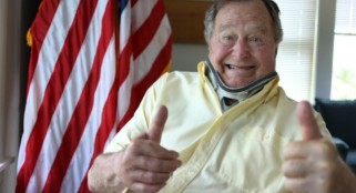 George H.W. Bush tweets goofy picture after neck surgery